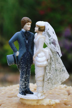 'Ever After Wedding Cake 9' - By Janice Thwaites